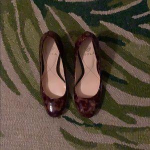 (5.5) Isola pump heel